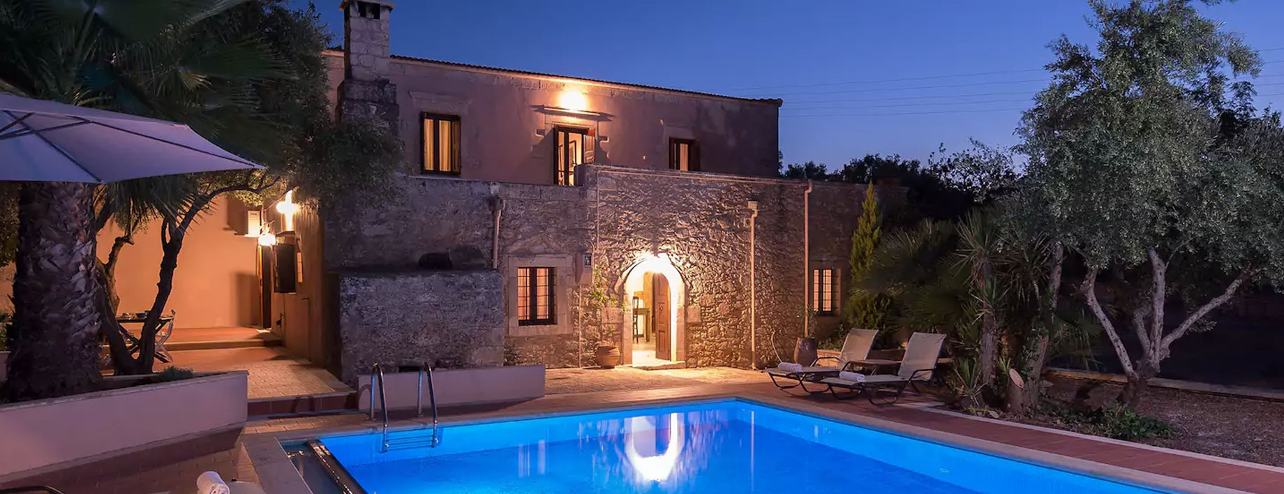 ImmobiliaRE-Veio-villa-con-piscina